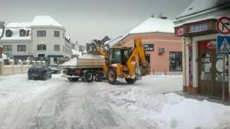 Čišćenje snijega: Na red došla i parkirališta
