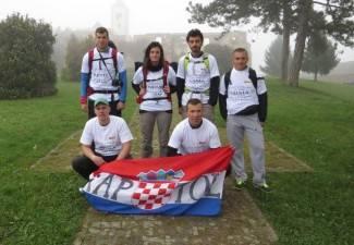 Pješice iz Kaptola prema Vukovaru: ¨Putem ćemo se upoznati¨