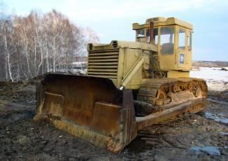 Uzeo buldožer s gradilišta da bi se odvezao kući, napravio kaos u gradu