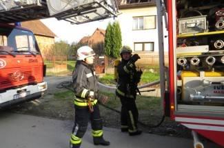 N. Ljeskovica: Zbog neočišćenog dimnjaka izbio požar na kući
