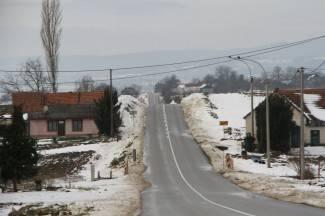 Kiša se ledi na cesti: ¨Najkritičnije je na dionici Velika-Kaptol¨