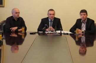 Neferović pozvao čelnike VUP-a: ¨Izađite iz svojih političkih kaveza¨