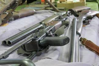 Kod Veličanina (62) pronađen mali arsenal oružja