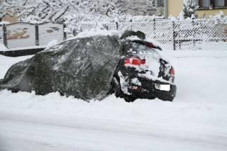 Povećan broj nesreća, policija upozorava: Nikamo bez zimske opreme! (foto)