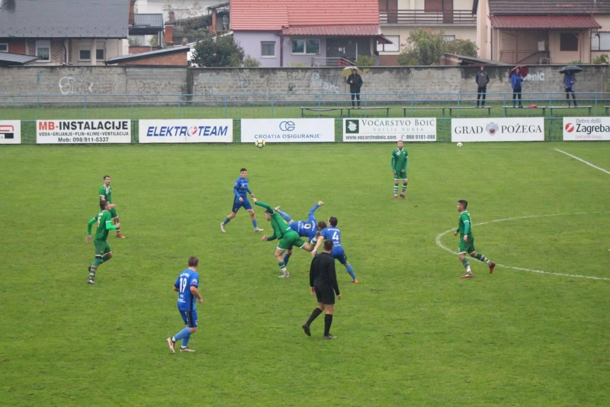 Plavi s Orljave sigurni protiv NK Čepin, Martinović dva puta tresao mrežu gostiju, Peharda jednom (3:0)