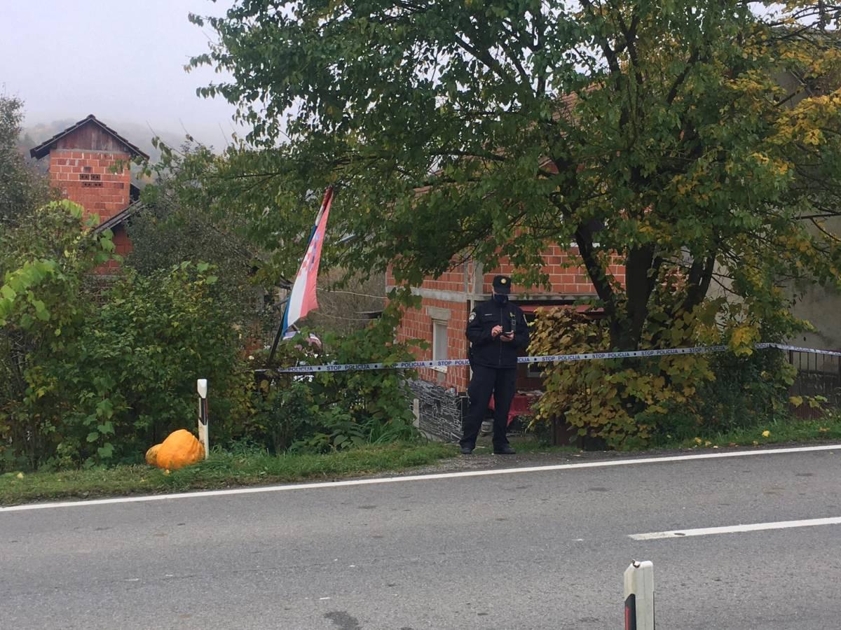 U Ruševu pronađena mrtva ženska osoba, sumnja se na nasilnu smrt