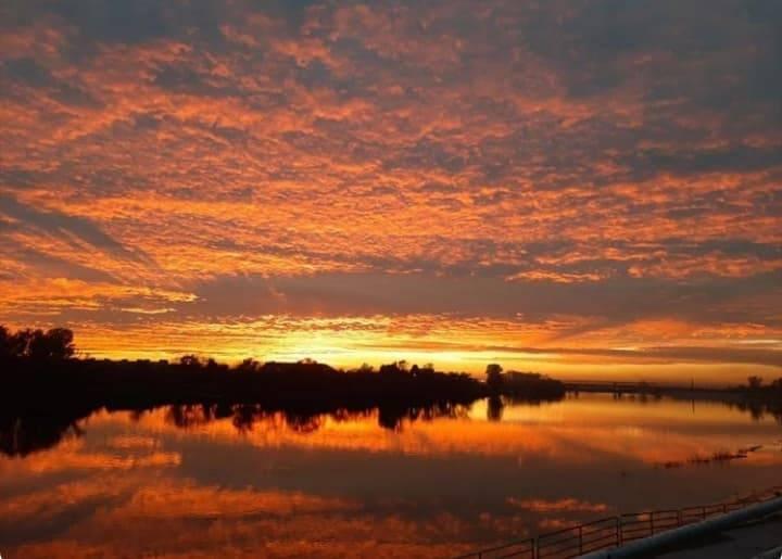 Pogledajte današnji veličanstveni zalazak sunca u Slavonskom Brodu