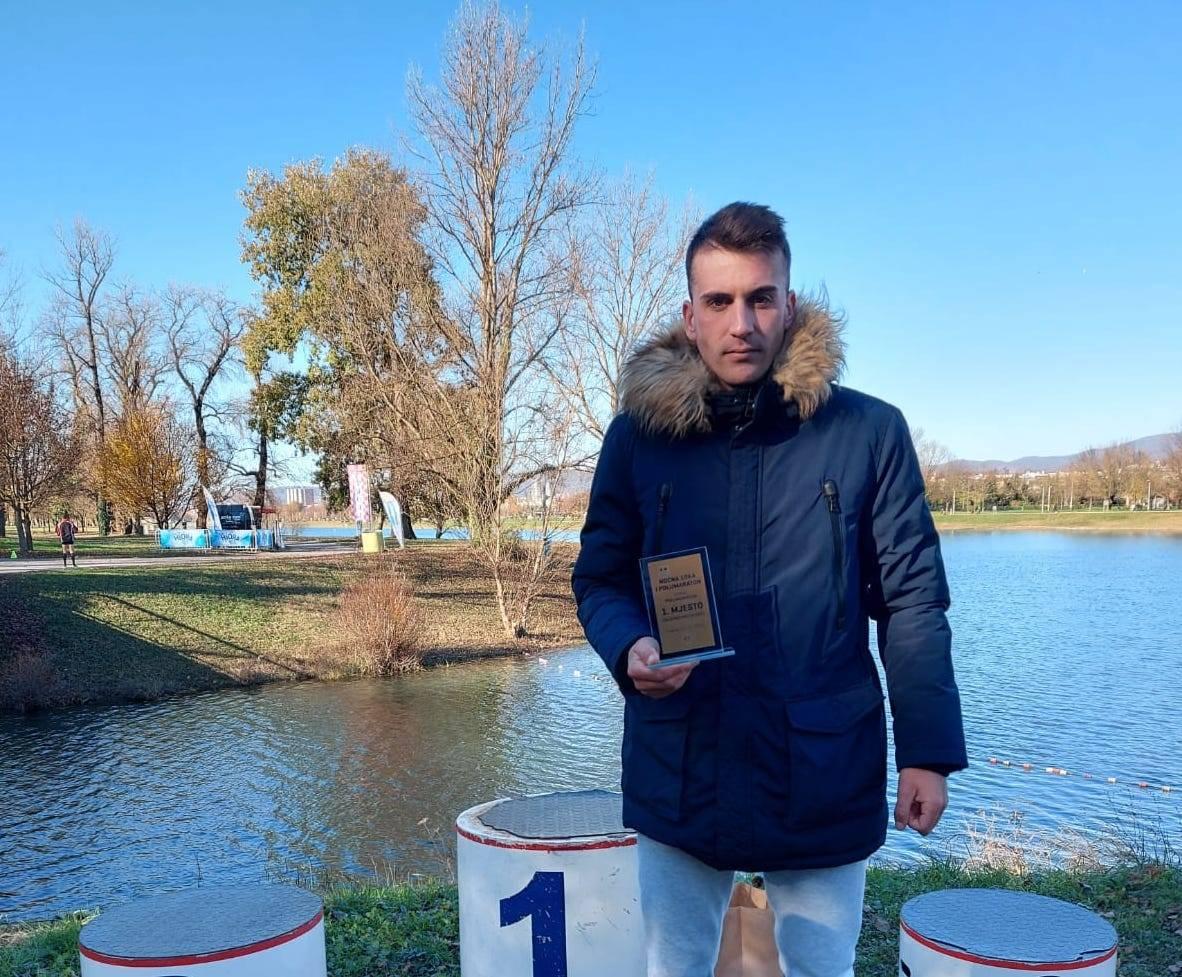 Antonio Đurčević pobijedio na polumaratonu u Zagrebu