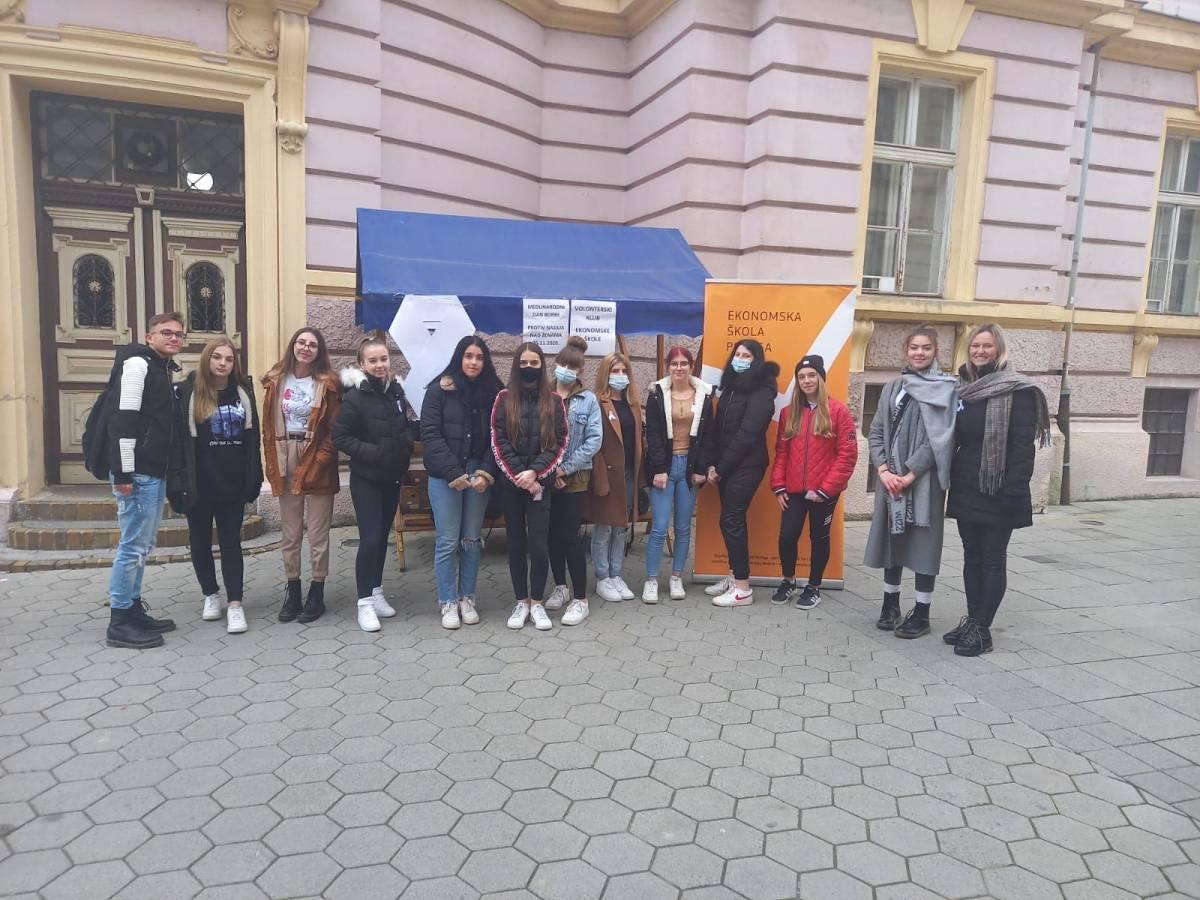 Građanska akcija Volonterskog kluba Ekonomske škola Požega povodom Međunarodnog dana borbe protiv nasilja nad ženama