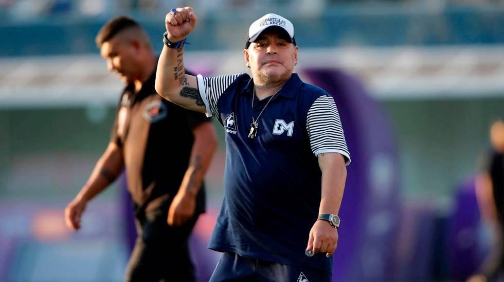 Preminuo je legendarni Diego Armando Maradona!