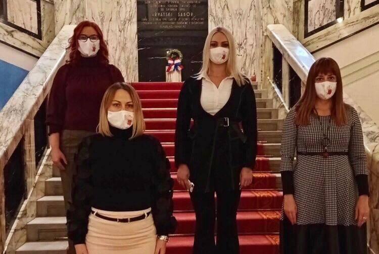 Slavonske zastupnice za prava žena!