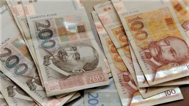 BDP je pao za 10% -Ulazi li Hrvatska u recesiju?