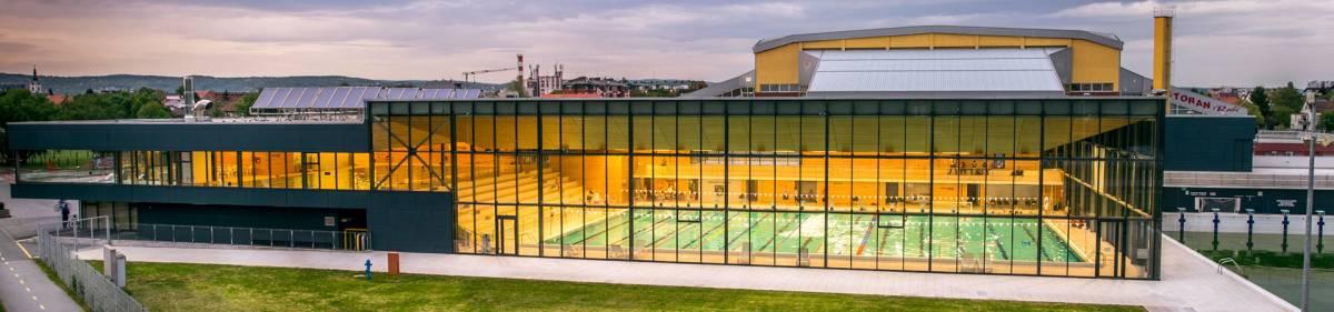 Iako brojevi stalno rastu i na snazi je mali lockdown, u Slavonskom Brodu se otvaraju bazeni. Zna li gradonačelnik Duspara za to?