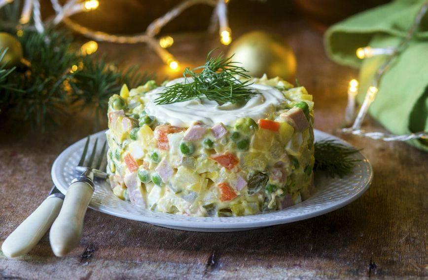 Francuska salata: Dva recepta za klasik novogodišnjeg stola