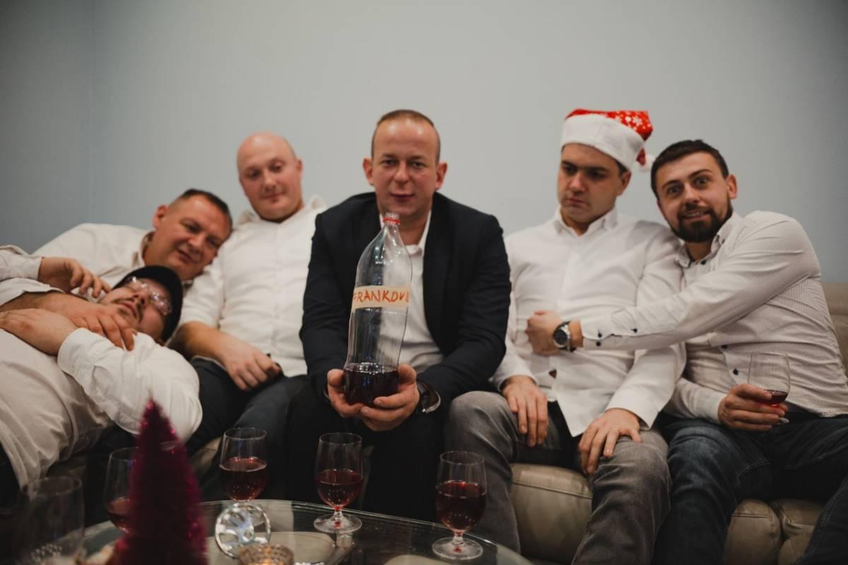 Veseli Zagorci obradili popularnu božićnu pjesmu ʺFritulaʺ i nazvali ju ʺFrankovkaʺ