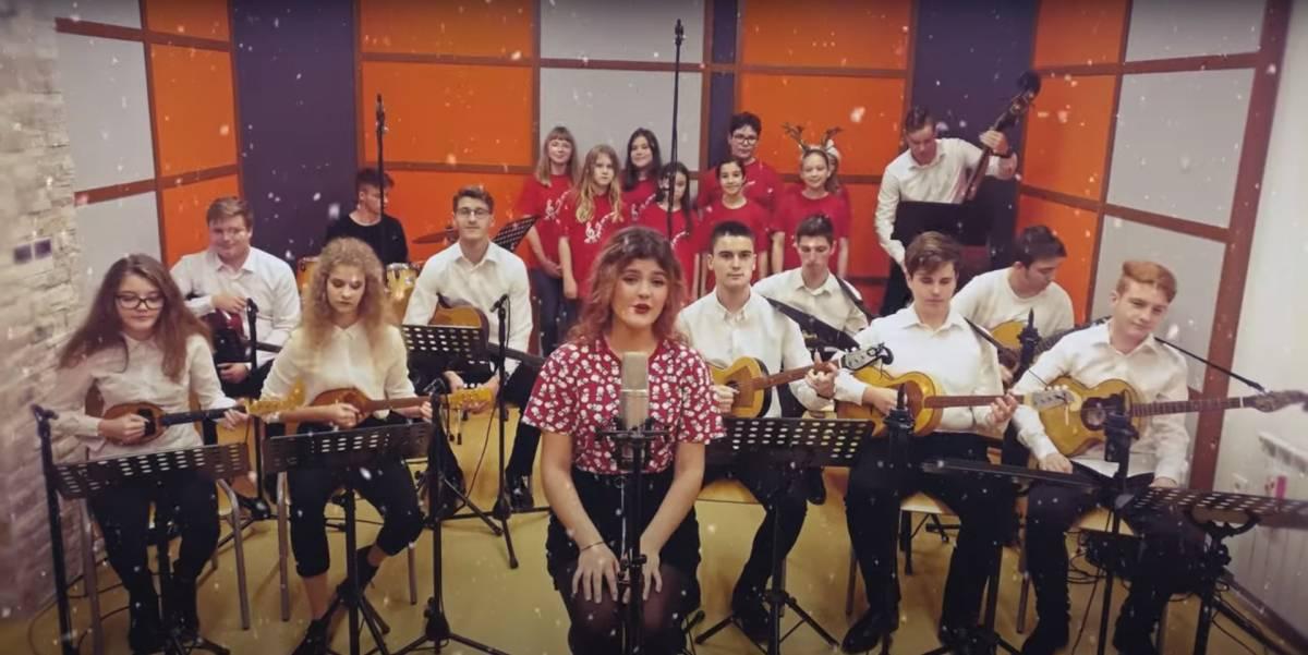 Učenici Glazbene škole Požega osvojili nagrade na virtualnom natjecanju Mali Glaz-bo-s