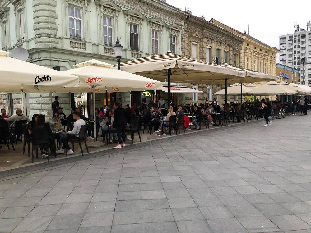 Najbolji kafić na Korzu je...?