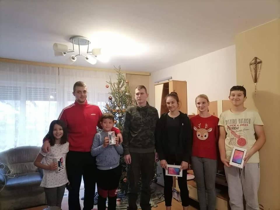 Ovako su mladi iz Sibinja usrećili obitelj iz Petrinje