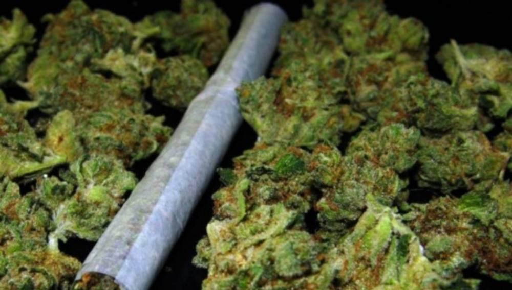 Dovršena kriminalistička istraživanja: prilikom pretrage kuće  pronađena digitalna vaga i ʺbongʺ namjenjen konuzumaciji marihuane