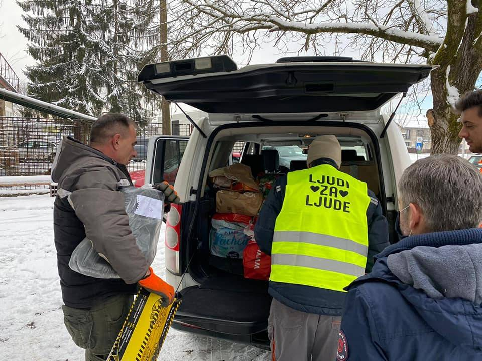 SDP Požega donirao pomoć potresom pogođenim područjima