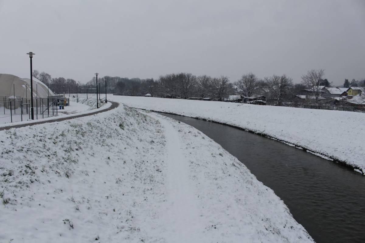 Danas oblačno uz malo snijega