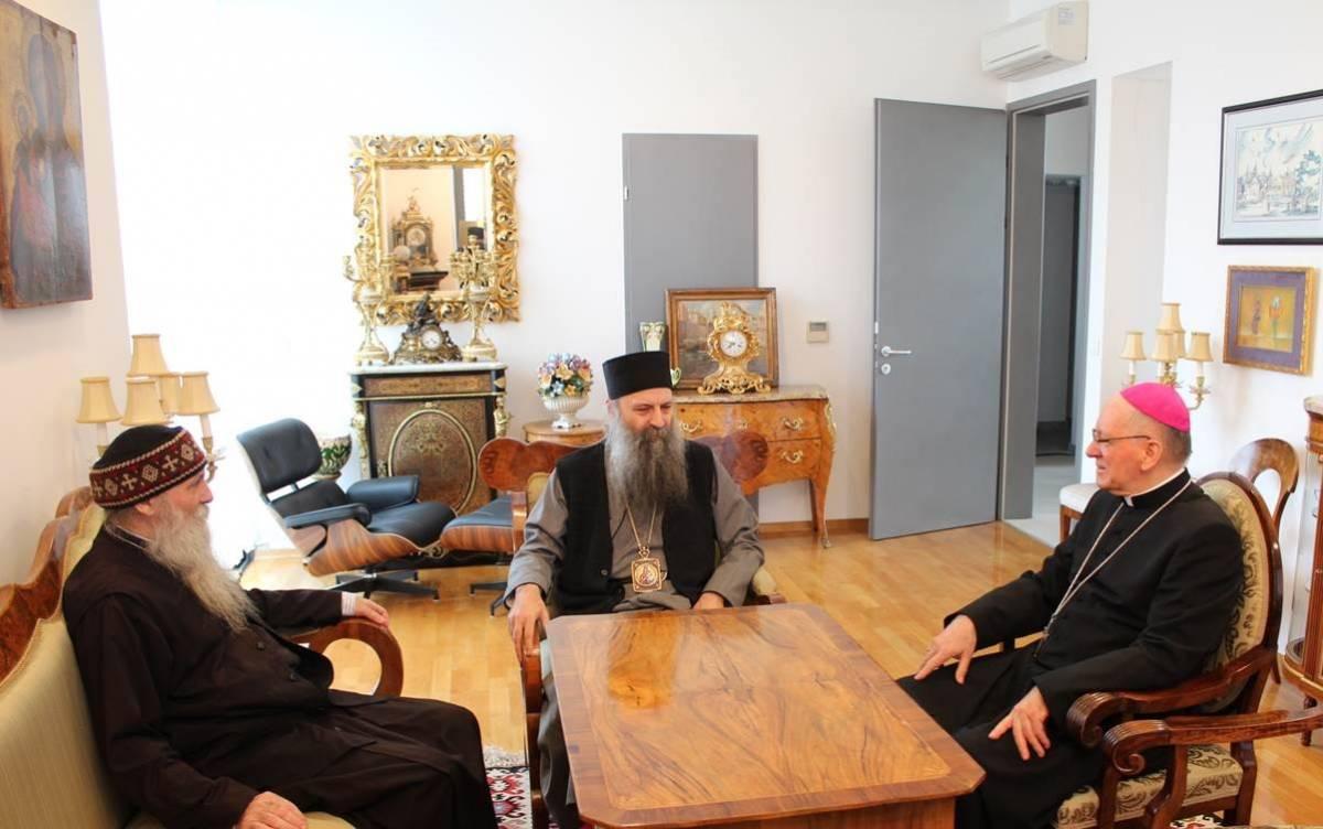 Susret biskupa Škvorčevića, mitropolita Porfirija te episkopa Jovana i Heruvima
