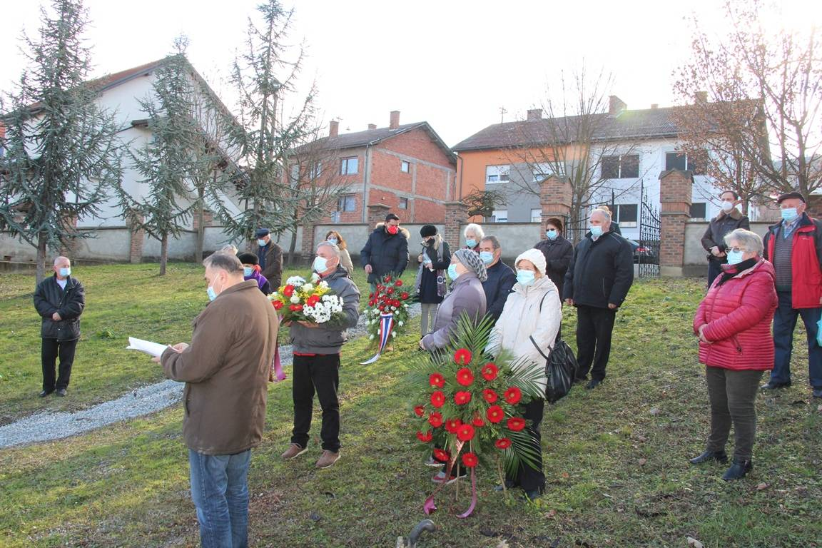 SDP Požega položio vijence na Židovskom groblju