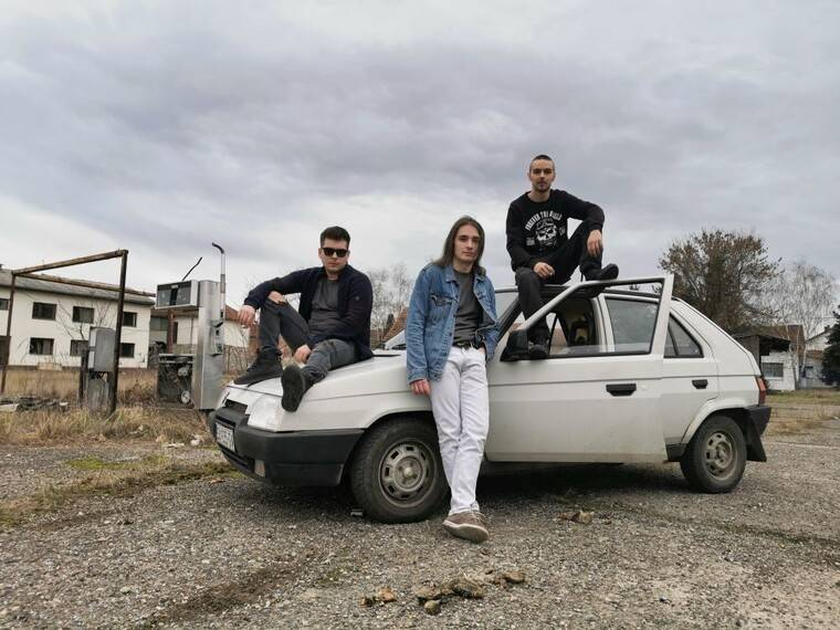 "Mladi brodski roker predstavlja novi spot za pjesmu ""Od danas do sutra"""