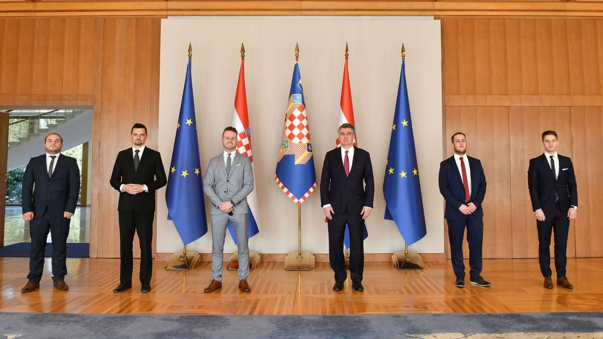 Predsjednik Milanović razgovarao s članovima Koordinacije županijskih savjeta mladih