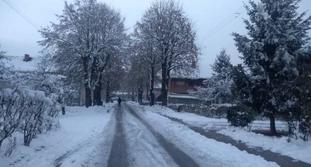 Hladna fronta nadomak Hrvatske, stižu zahladnjenje i snijeg
