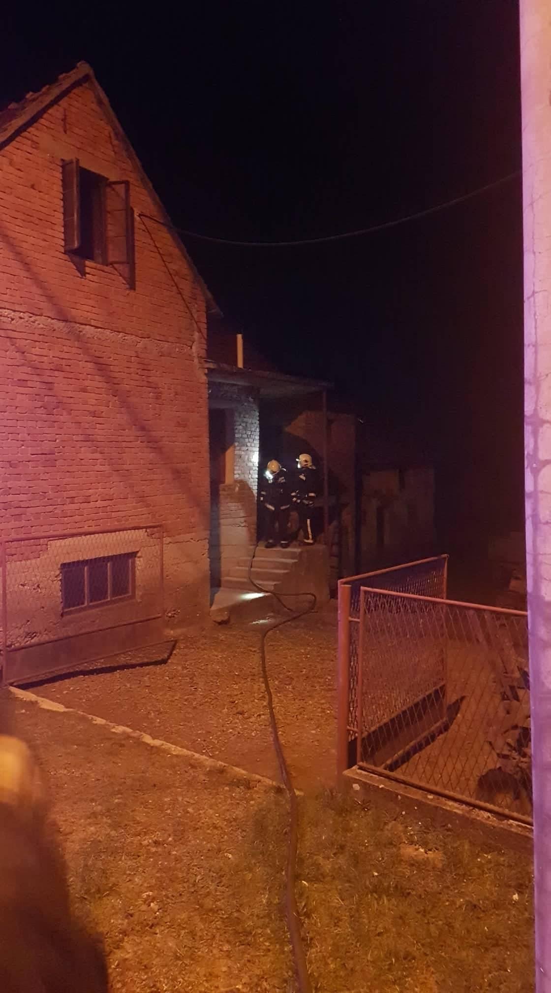 Noćas požar krovišta obiteljske kuće u Mihaljevcima