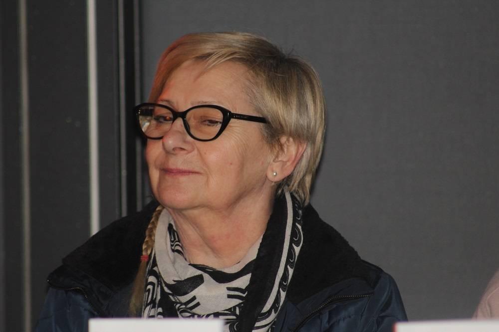 """Predstavljena knjiga Snežane Pavelić """" U tuđim cipelama"""". """" Prije uloge ja majka, ja baka, ja sam feministica""""."""