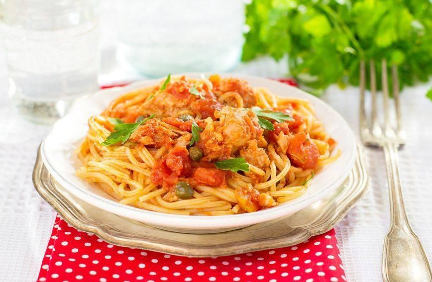 Recept za tjesteninu s tunom i rajčicom gotovom u manje od 15 minuta