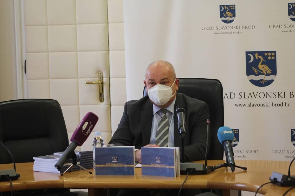 Duspara: Imovina Grada Slavonskog Broda od 1993. do 2020. godine uvećana 35 puta – podatak vrijedan knjige o razvoju grada