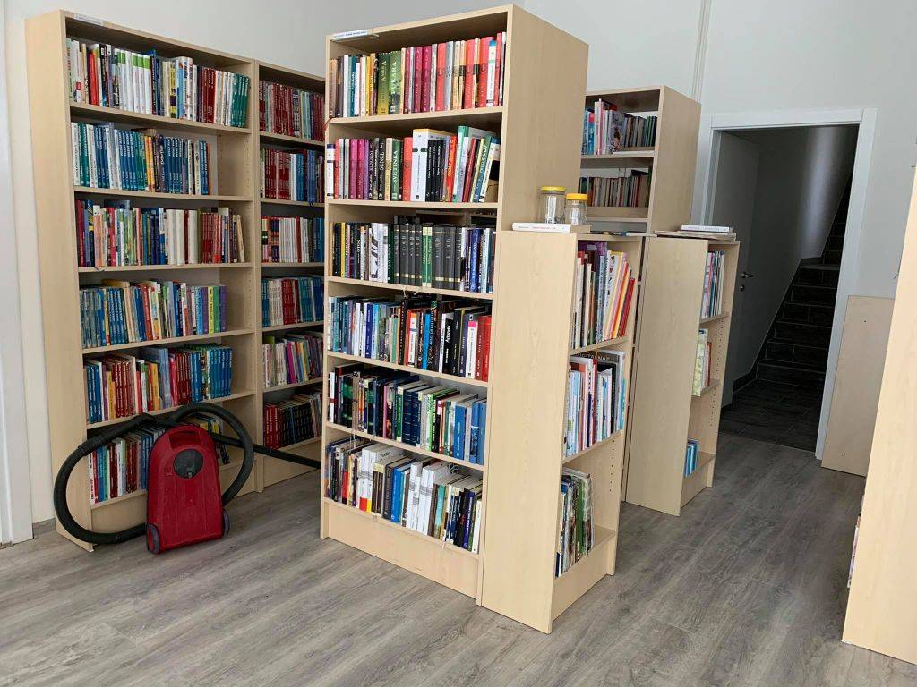 Gradu Kutjevu odobreno 300.000kn za opremanje Narodne knjižnice i čitaonice
