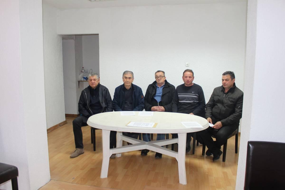 Nakon raspuštanja Domovinskog pokreta u Požegi i Pakracu dio čelnika Jakšića, Čaglina i Kutjeva također podnijeli ostavke