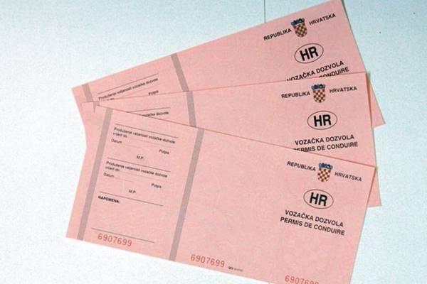 Vozači, znate li koji je krajnji rok za zamjenu 'papirnatih' vozačkih dozvola?