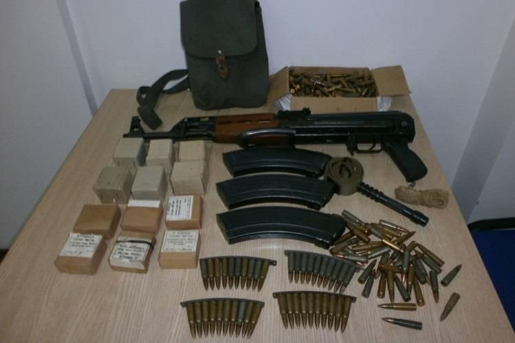 55-godišnjaku oduzeli veću količinu oružja