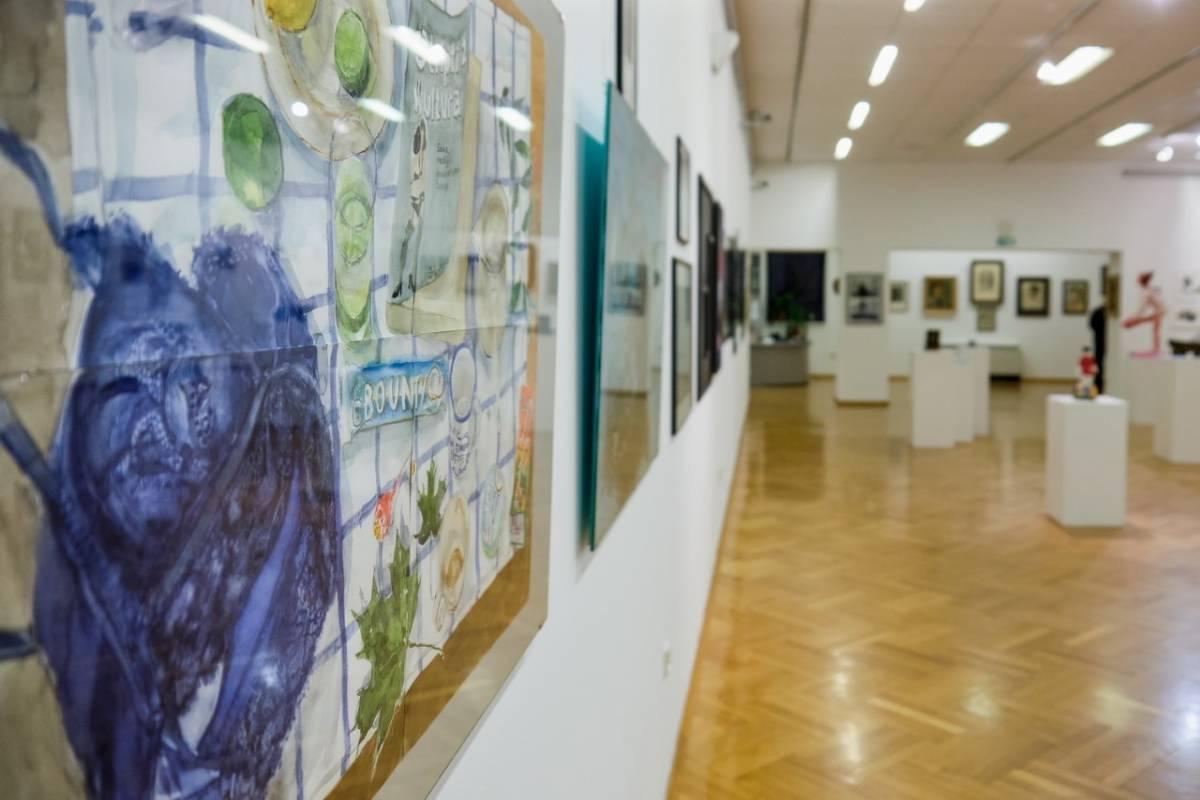 Na 5. Međunarodnom trijenalu autoportreta izložen rad Požežanke Sonje Hržina Majstorović