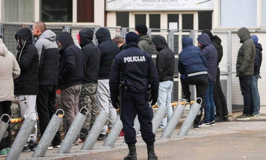 Osuđeni navijači iz Splita koji su se tukli u Slavonskom Brodu