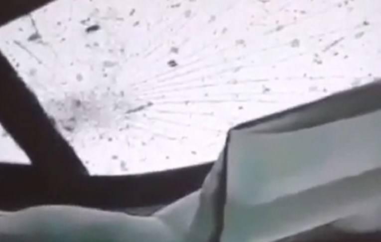Ž.DŽ. (31) koji je jučer poginuo u prometnoj nesreće kod N. Gradiške navodno je sve snimio mobitelom