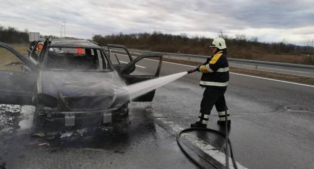 Požar na osobnom automobilu