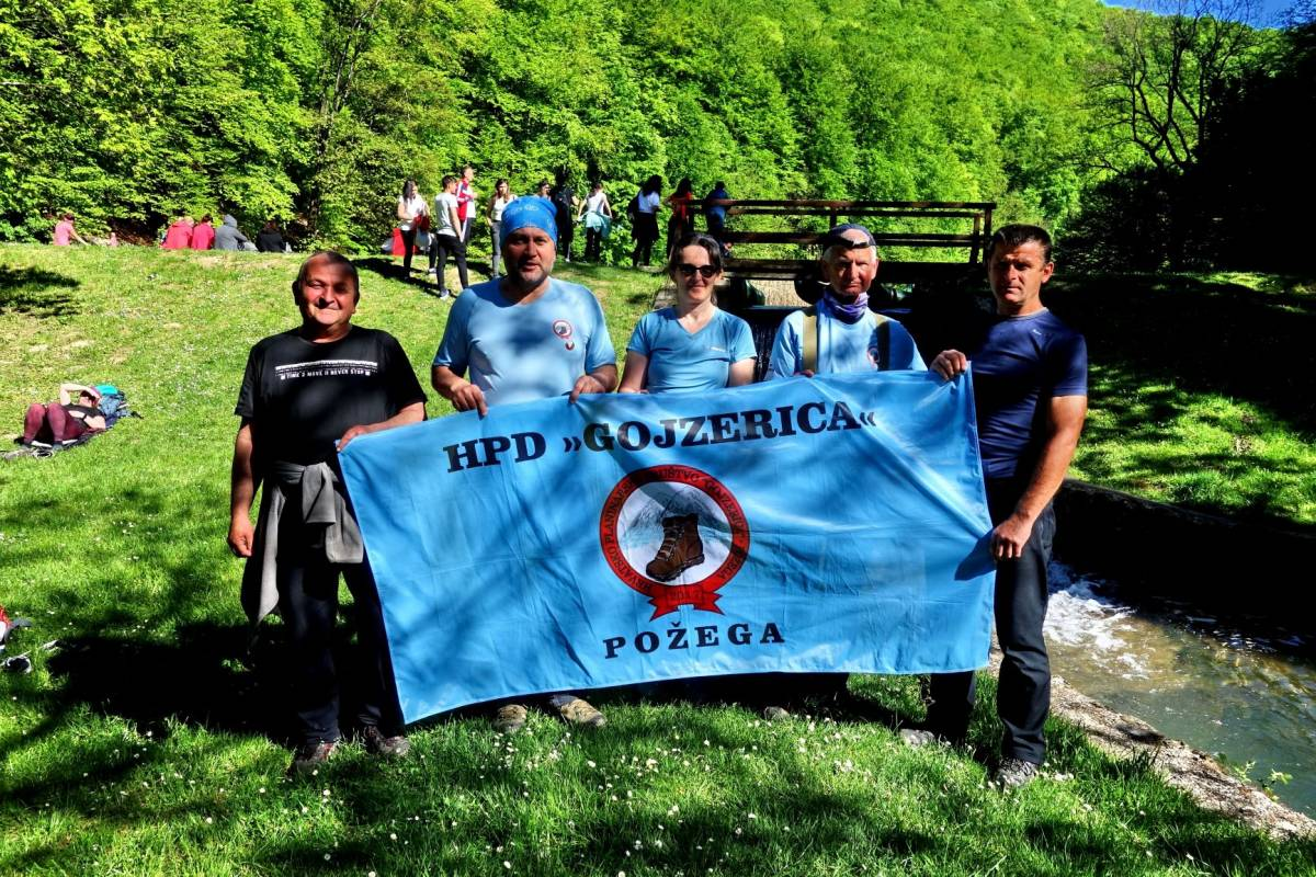 Pet planinara iz HPD Gojzerica Požega uspješno ishodalo Jubilarni jankovački planinarski put