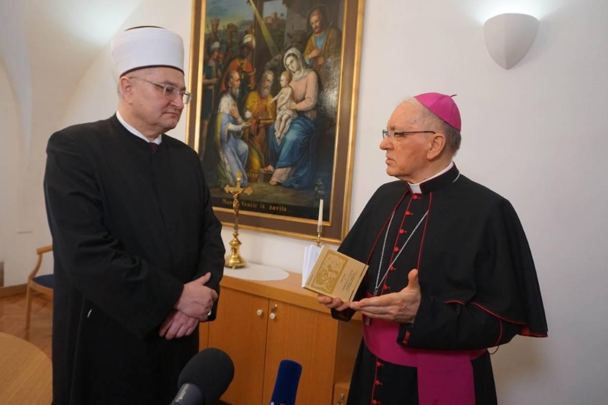 Biskup Škvorčević čestitao Ramazanski Bajram