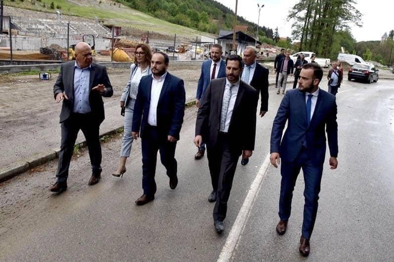 Kandidat za načelnika Općine Velika Dario Ivković obišao radove na Hotel & Spa resort Shhhuma, a najavio je cestovno spajanje s Jankovcem europskim novcem