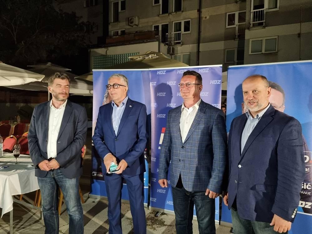 REAKCIJE IZ HDZ-A: Marušić pobjednik u prvom krugu, Jelić ide u drugi