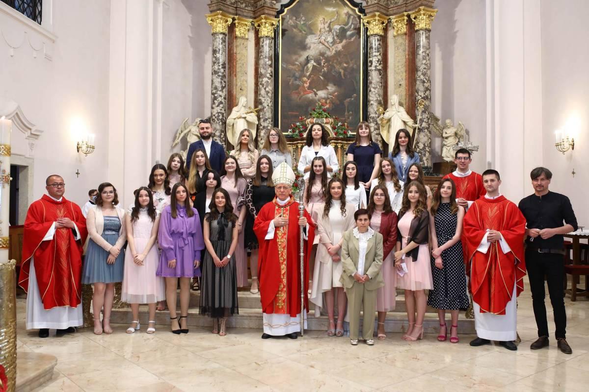 Svetkovina Pedesetnice u požeškoj Katedrali
