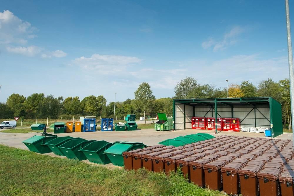 Spremnici za odvajanje otpada spremni za obiteljske kuće