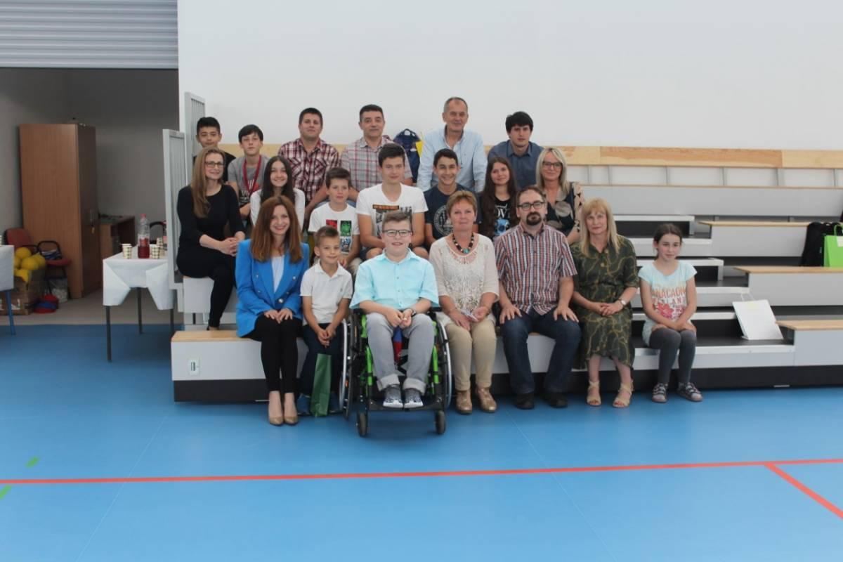 Nagrađeni učenici i mentori državnih i županijskih natjecanja