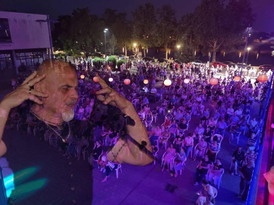 OVO MORATE VIDJET: Brojni Brođani sinoć uživali u fenomenalnom koncertu
